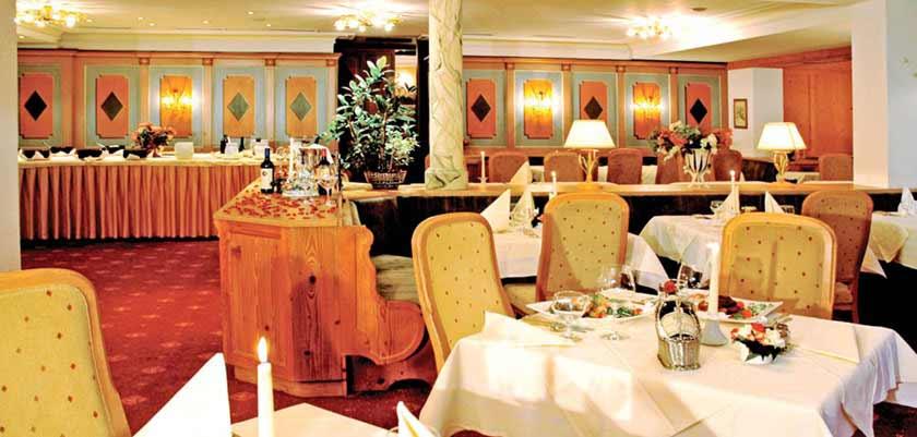Hotel Arlberg, St. Anton, Austria - Restaurant.jpg